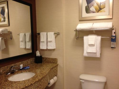 Fairfield Inn & Suites by Marriott Orlando International Drive/Convention Center photo 5