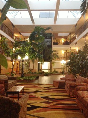 Alabama Hotel - Montgomery, AL 36117