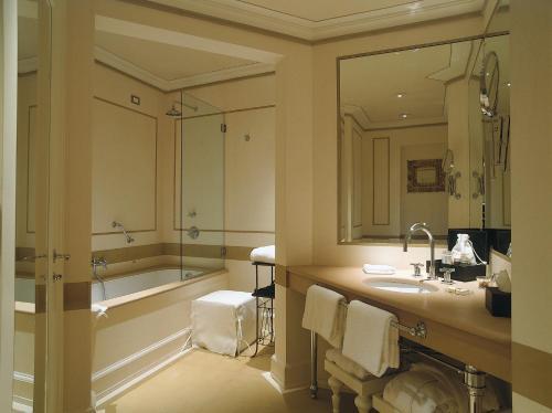 Relais Santa Croce by Baglioni Hotels photo 19