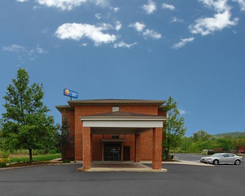 Comfort Inn Pine Grove - Pine Grove, PA 17963