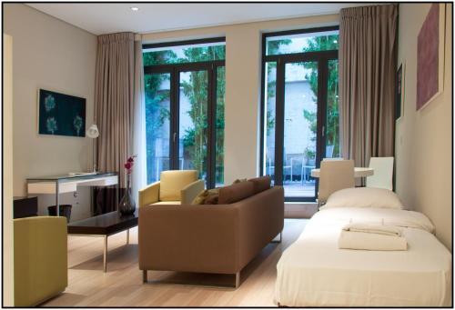 B-aparthotel Grand Place photo 15