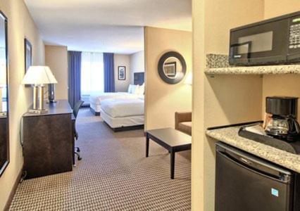 Comfort Suites Lewisburg Photo
