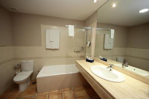 Habitación Doble - 1 o 2 camas - Uso individual Hotel Château Viñasoro 10