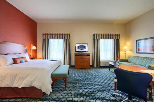 Hampton Inn & Suites Ridgecrest Photo