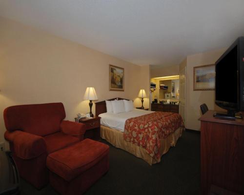 Quality Inn Decherd Photo