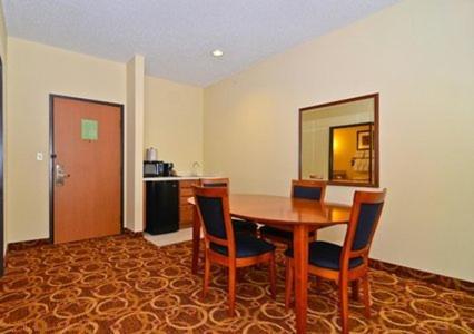 Comfort Suites McKinney-Allen Photo