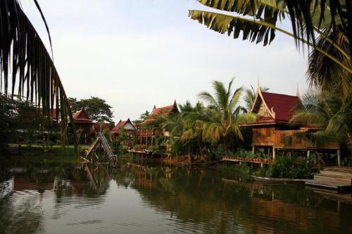 Baan Thai House photo 8
