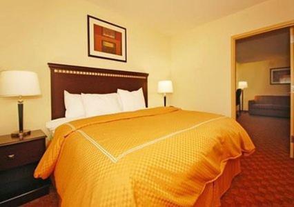 Comfort Suites Salem Photo