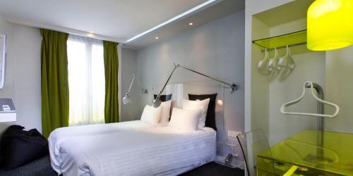 Color Design Hotel photo 44