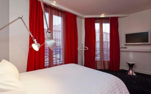 Color Design Hotel photo 47
