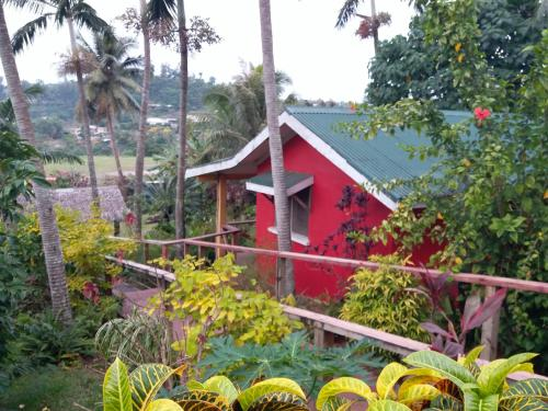 Grab The Cheap Hotels In Epule Vanuatu With Minimal Deals Triphobo