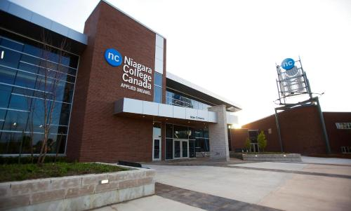 Residence & Conference Centre - Welland - Welland, ON L3C 7L4