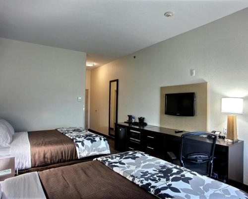 Sleep Inn & Suites Center - Center, TX 75935