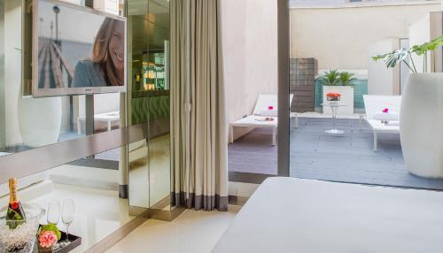 Superior Doppelzimmer mit Terrasse The Mirror Barcelona 17