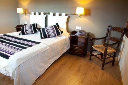 Doppel- oder Zweibettzimmer Hotel Cardenal Ram 2