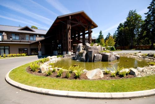 Sunrise Ridge Waterfront Resort - Parksville, BC V9P 2E3