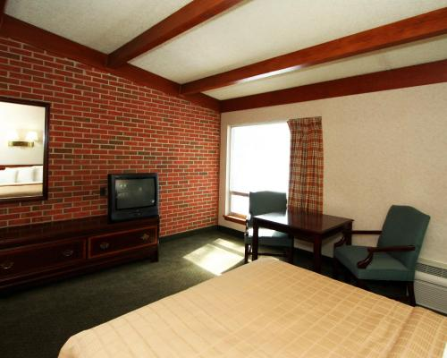 Quality Inn Waynesboro Photo