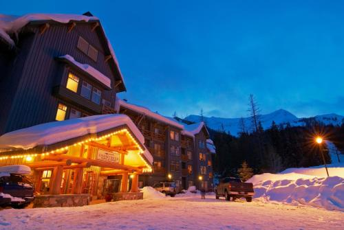 Snow Creek Lodge By Fernie Lodging Co - Fernie, BC V0B 1M6