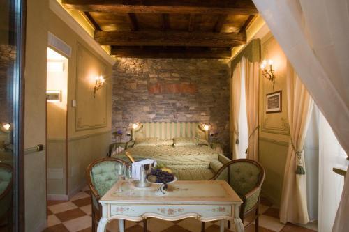 Hotel Ristorante Leon D'Oro - 11 of 35