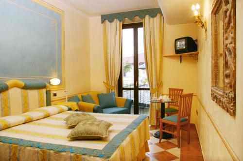 Hotel Ristorante Leon D'Oro - 29 of 35