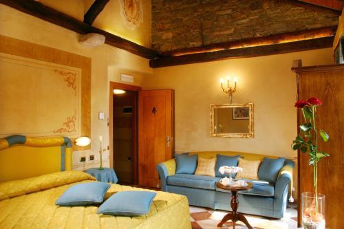 Hotel Ristorante Leon D'Oro - 17 of 35