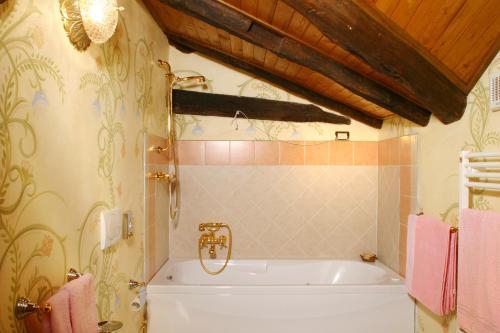 Hotel Ristorante Leon D'Oro - 31 of 35