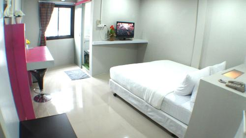 Ma Non Nont Hotel And Apartment