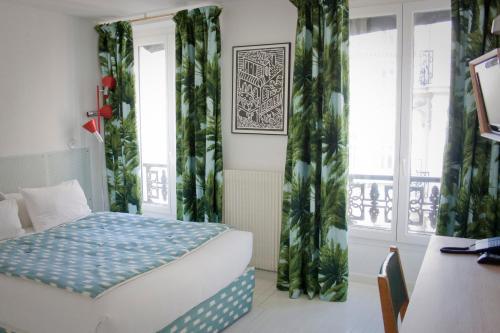 11 Rue de Montholon, 75009 Paris, France.