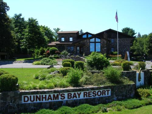 Dunham's Bay Resort Photo