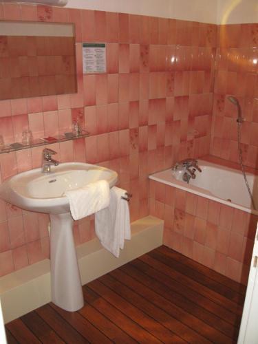 Hotel Cheval De Bronze