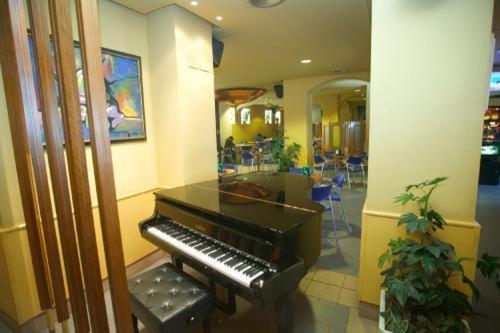 Hotel Mondragon