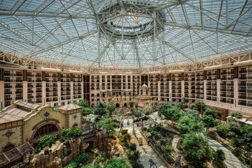 Gaylord Texan Resort Hotel Grapevine In Tx