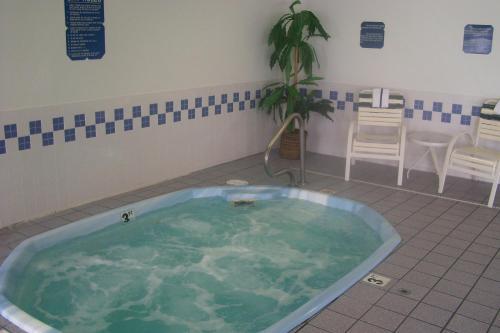 Baymont Inn and Suites - Casper East Photo
