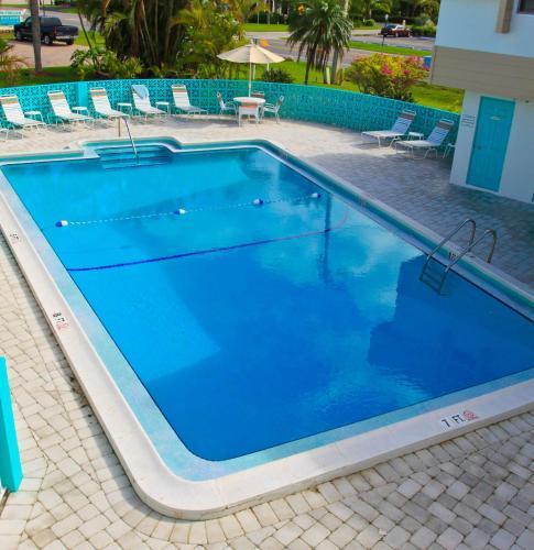 Carousel Inn On The Beach Hotel Fort Myers