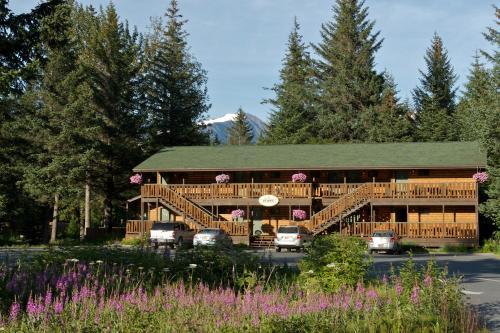 Seward Windsong Lodge - Seward, AK 99664