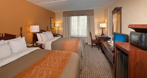 Comfort Inn At The Park - Hummelstown, PA 17036