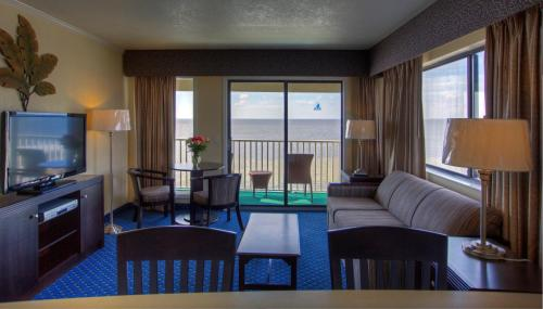 Sailport Waterfront Suites