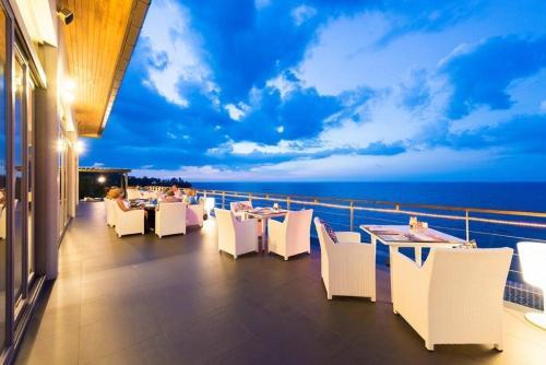 Cape Sienna Phuket Hotel And Villas