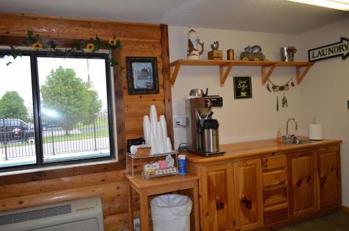 Booneslick Lodge - Neosho Photo