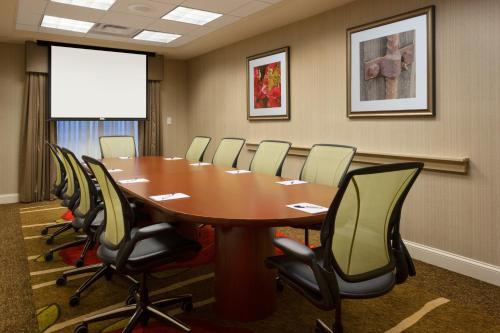 Hilton Garden Inn Gainesville - Gainesville, FL 32608