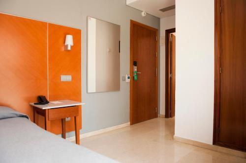 Hotel El Palmeral photo 17