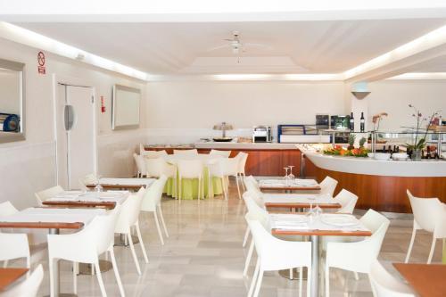 Hotel El Palmeral photo 37