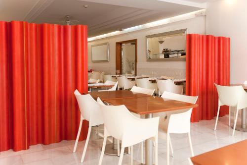 Hotel El Palmeral photo 44