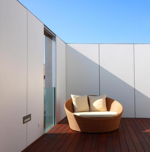 Suite con terraza Alenti Sitges Hotel & Restaurant 7