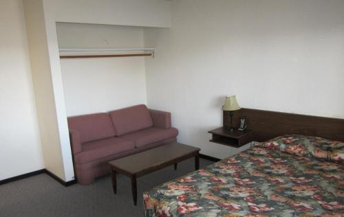 Brothers Inn Motel - Prince George, BC V2K 2X8