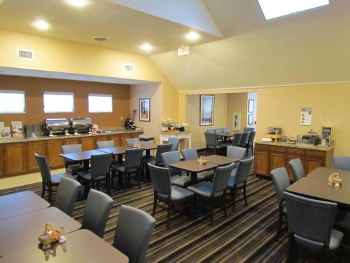 Residence Inn By Marriott Louisville East - Louisville, KY 40222
