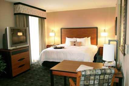 Hampton Inn And Suites Indianapolis-fishers In - Fishers, IN 46038