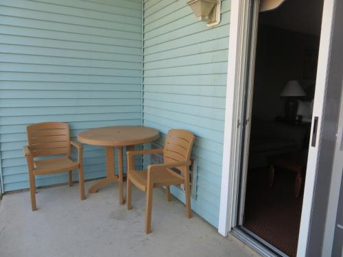 Sugar Beach Resort Hotel - Traverse City, MI 49686