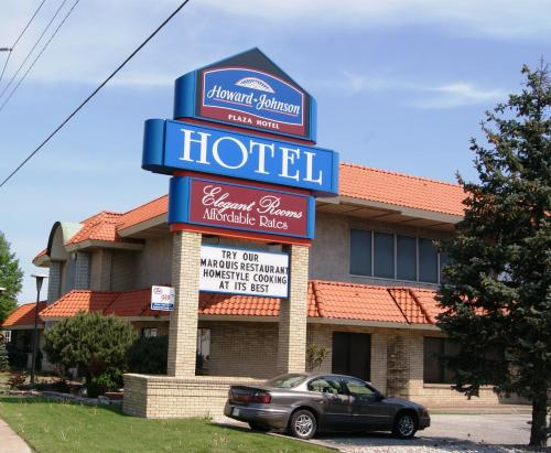Howard Johnson Plaza Hotel Windsor Photo
