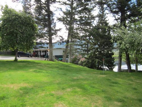 Lakeside Motel - Williams Lake, BC V2G 2W3